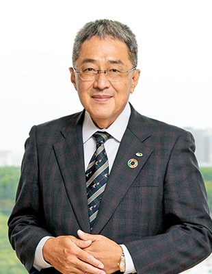 Photograph of Kaoru Matsuzaki, Director and Managing Executive Officer, General Manager of Technology Division